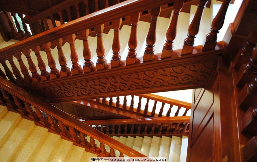 欧式木楼梯装潢图片
