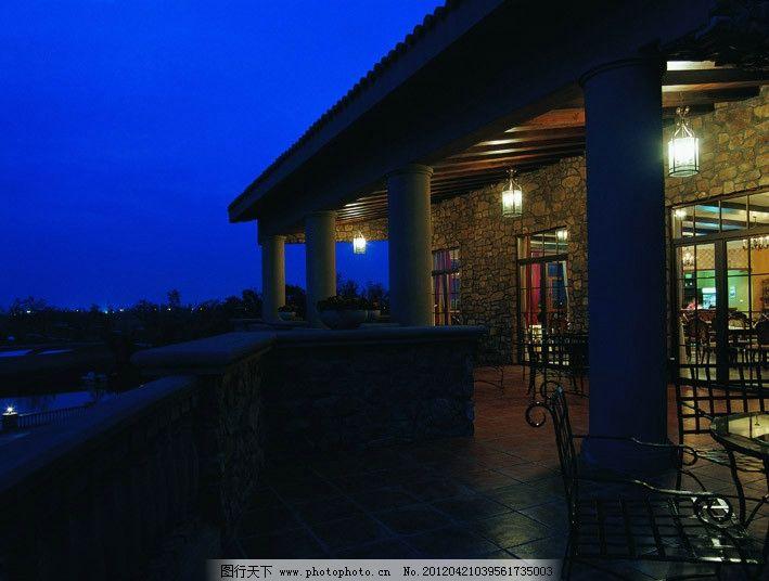 别墅长廊夜景 别墅 长廊 回廊 夜景 餐桌 海滨 湖畔 宅邸 欧式 园林