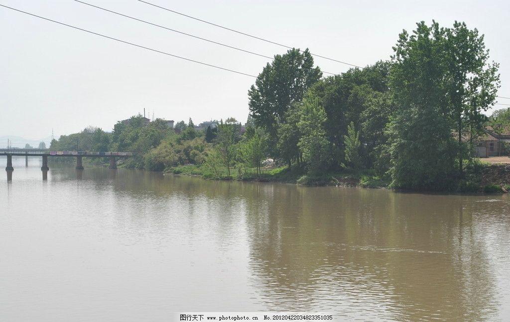 小河自然风景图片