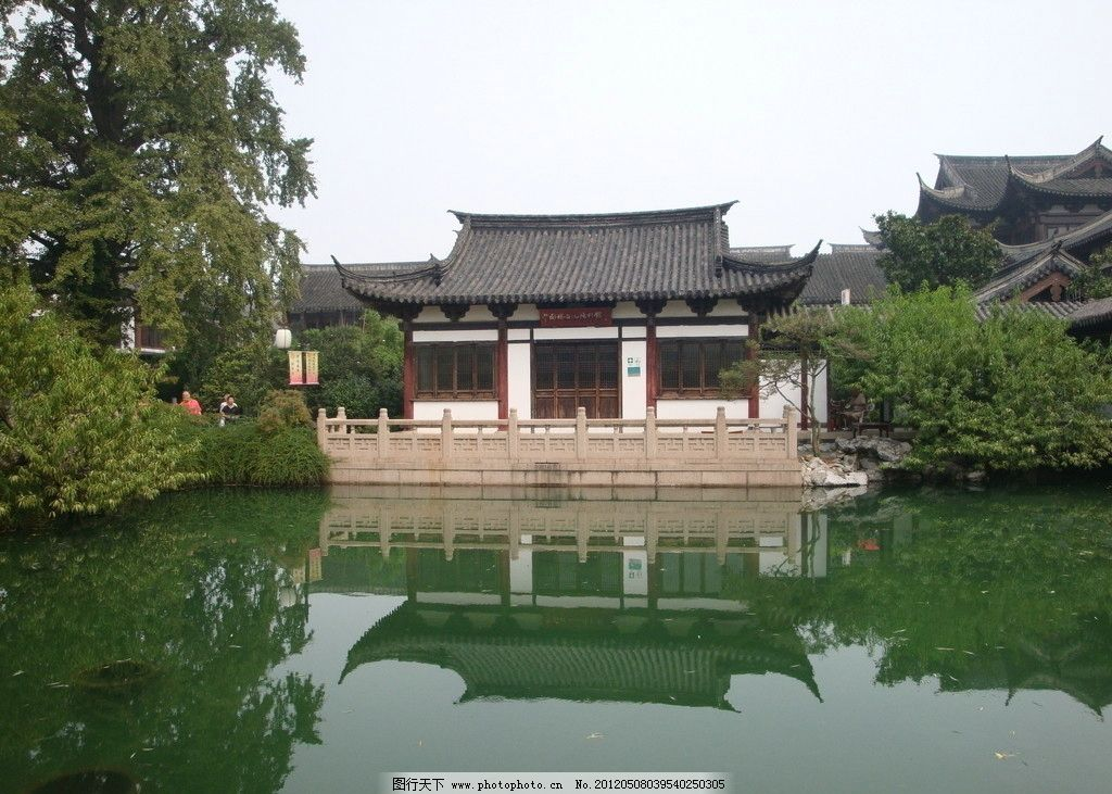 方塔公园一览图片