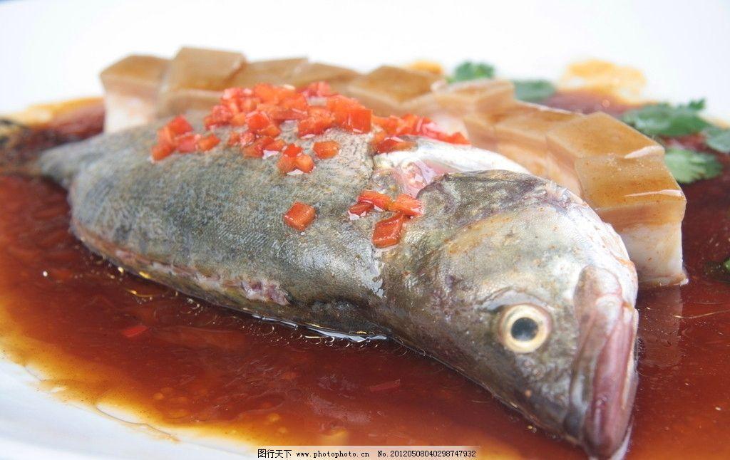 肉烧桂鱼 猪肉烧鲑鱼 肉块 美食 美味 佳肴 菜肴 新菜 创新菜肴