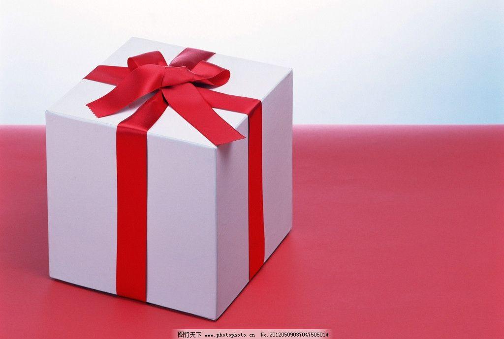 盒子 礼物 礼品 礼盒 红绸子 绸子 蝴蝶结 生日礼物 生活素材料 生活