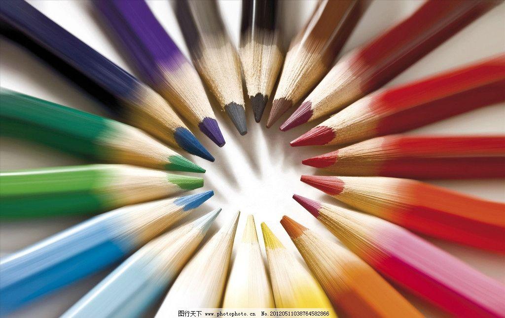 彩笔 画笔 彩色 蜡笔 排列 铅笔 颜料 美术绘画 文化艺术 摄影 300dpi