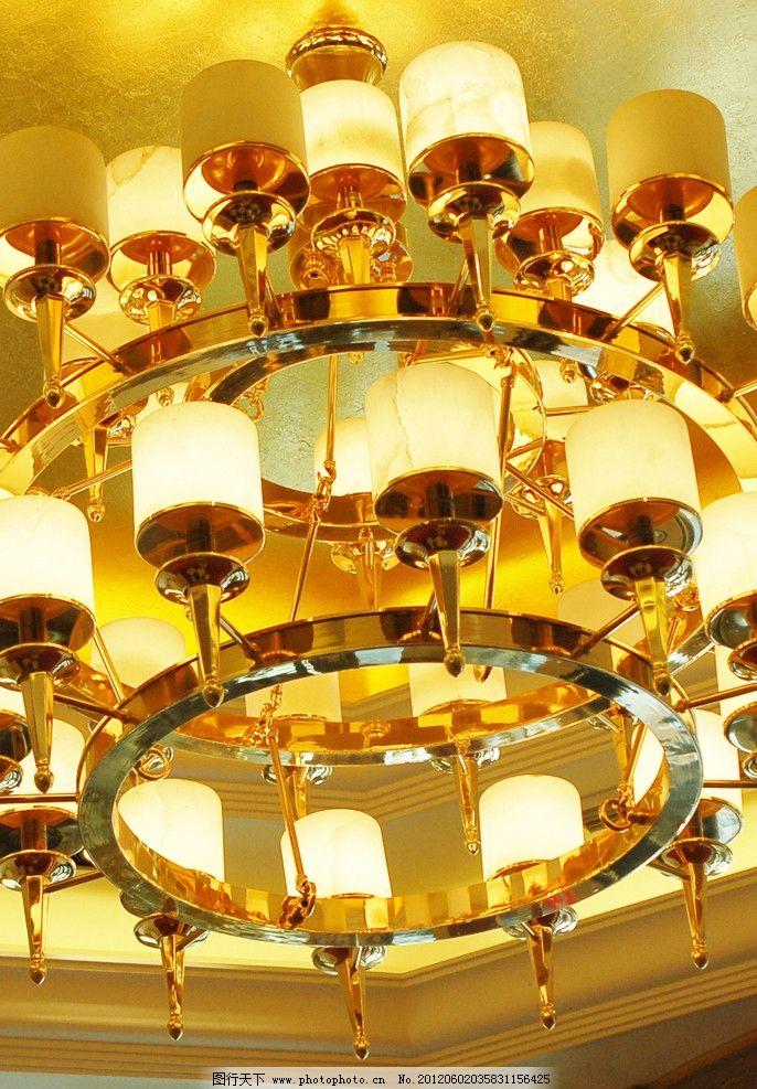 餐厅吊灯 欧式吊灯 豪华吊灯 婚礼现场 节日庆祝 文化艺术 摄影
