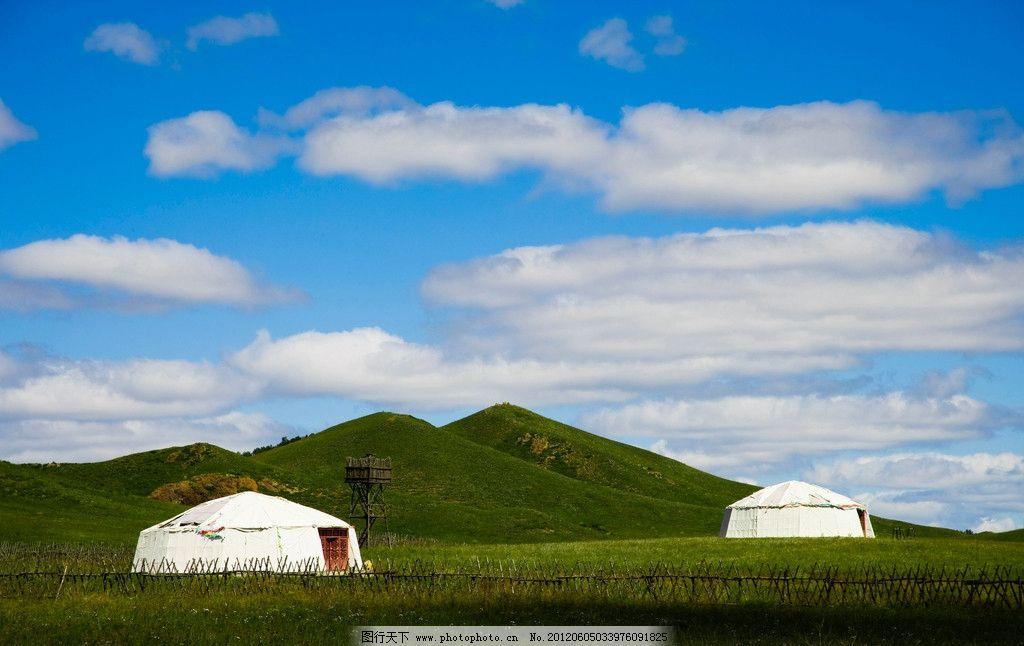 乌兰布统草原 内蒙古自治区 乌兰木通 大草原 绿树 树木 绿草