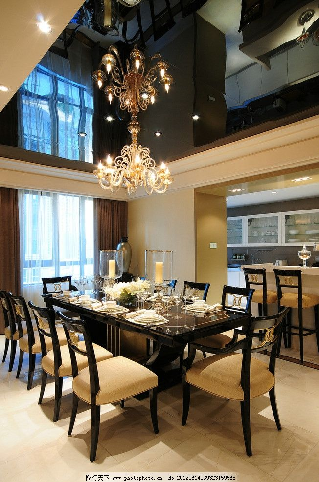 豪华餐厅 奢装餐厅 欧式风格 超阔餐厅 名贵吊顶灯 室内装潢 室内摄影