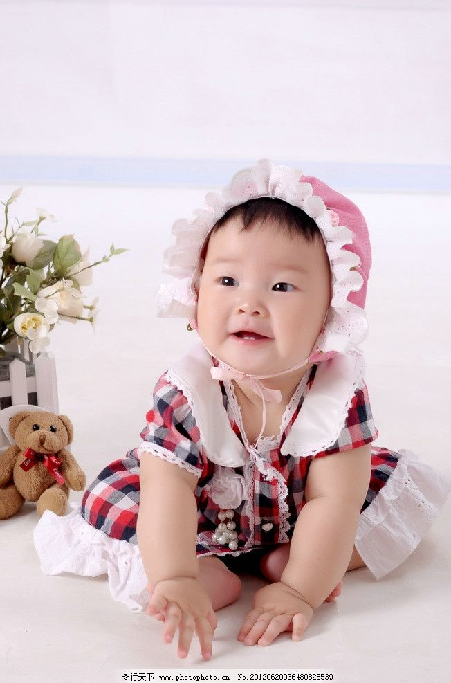 宝宝 可爱 宝贝 妹妹 小美女 婴儿 小孩 帽子 玩耍 坐着的宝宝 宝宝带