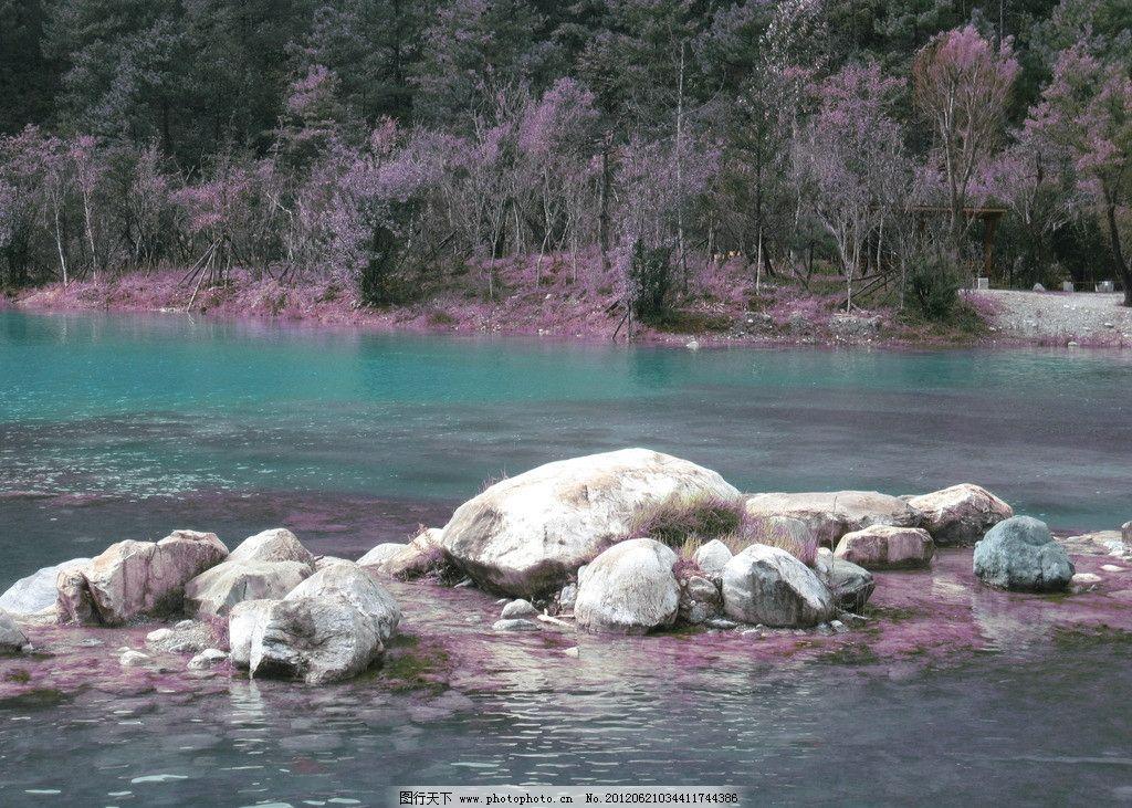 自然山水 柳树 山峦 绿树 水面 山水风景 自然景观 摄影 180dpi jpg