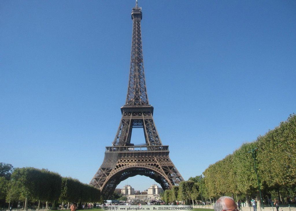 安菲尔铁塔 建筑 草地 天空 建筑摄影 建筑园林 摄影 180dpi jpg