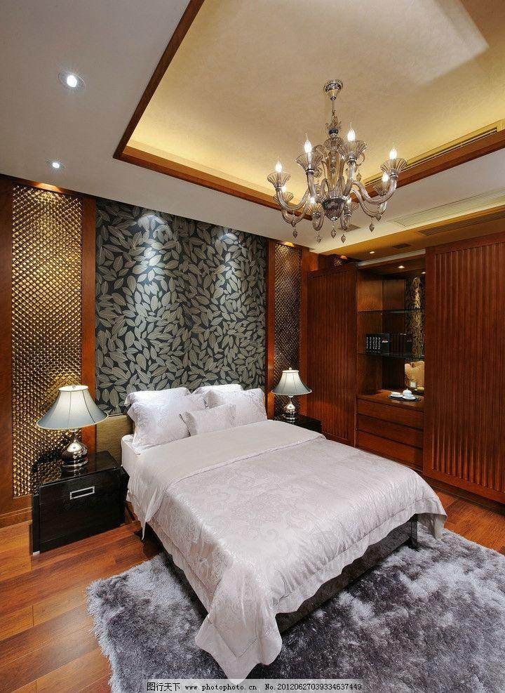 精裝樣板房臥室 大床 床頭柜 木地板 衣柜 燈槽 線條 木飾面 精裝樣板