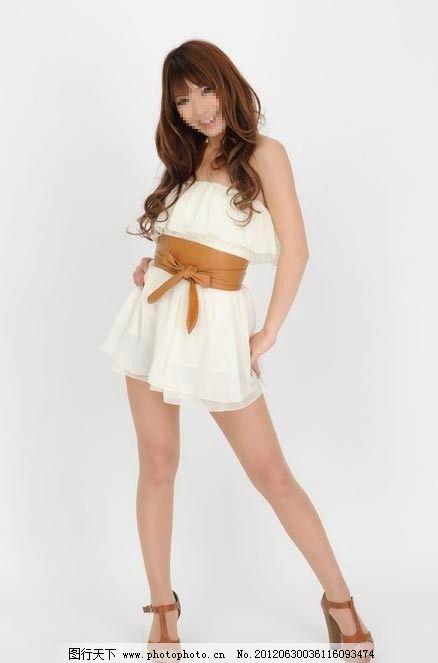 美女图片 纯白/纯白抹胸裙美女图片